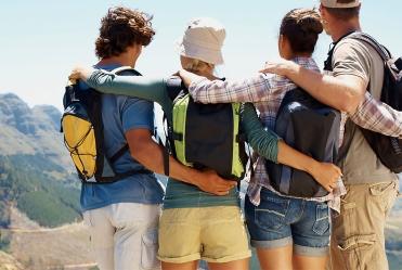 group-travel-family-trip-planner-app-hr_168-099e8fcb46a98e6f37a02e1886065c06.jpg